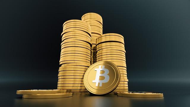 několik bitcoinů